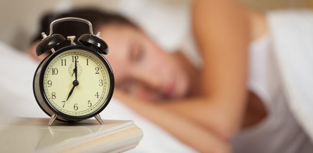 recupera una sveglia per abbandonare la dipendenza da smartphone